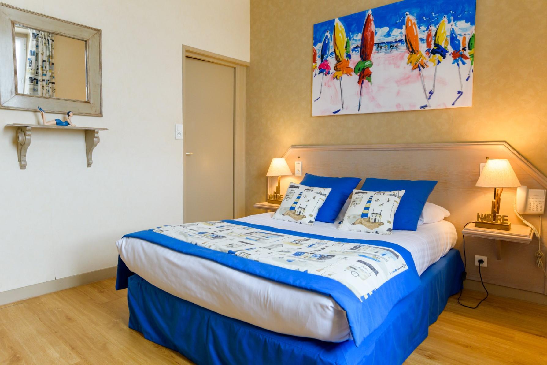 Chambre double standard de l'Hôtel Le peu Breton sur l'île de Ré